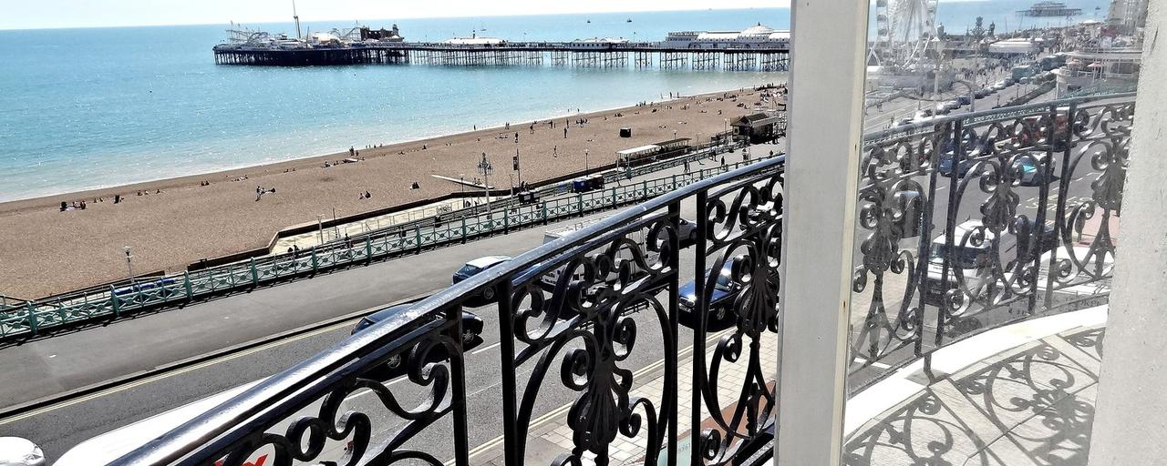 beach pad apartment holiday flats holiday cottages holiday homes rh crown gardens co uk