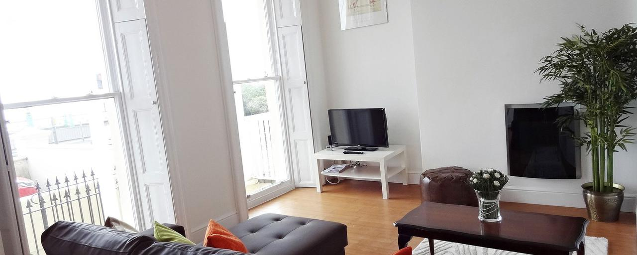 Beachfront Apartment, Brighton & Hove