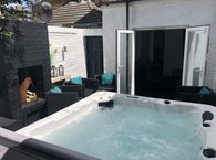Bournemouth Boutique Mini with Hot Tub