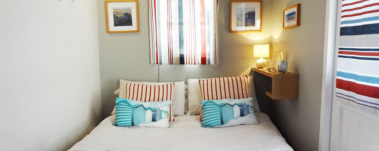 The Beach Hut Apartment, Brighton & Hove