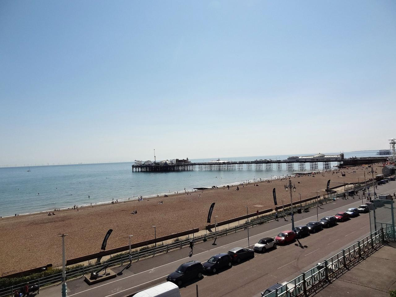 Beachfront Apartment, Brighton & Hove Images - 16