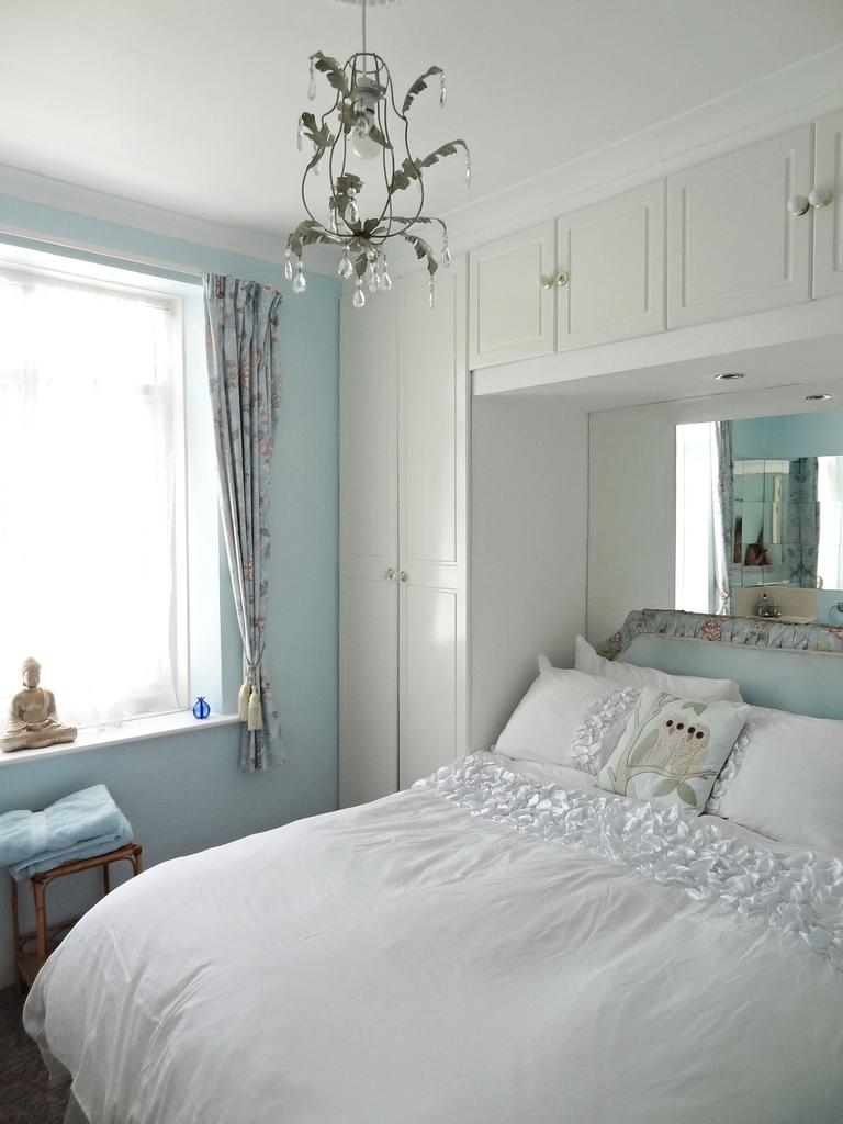 Dragonfly Cottage, Brighton & Hove Images - 3