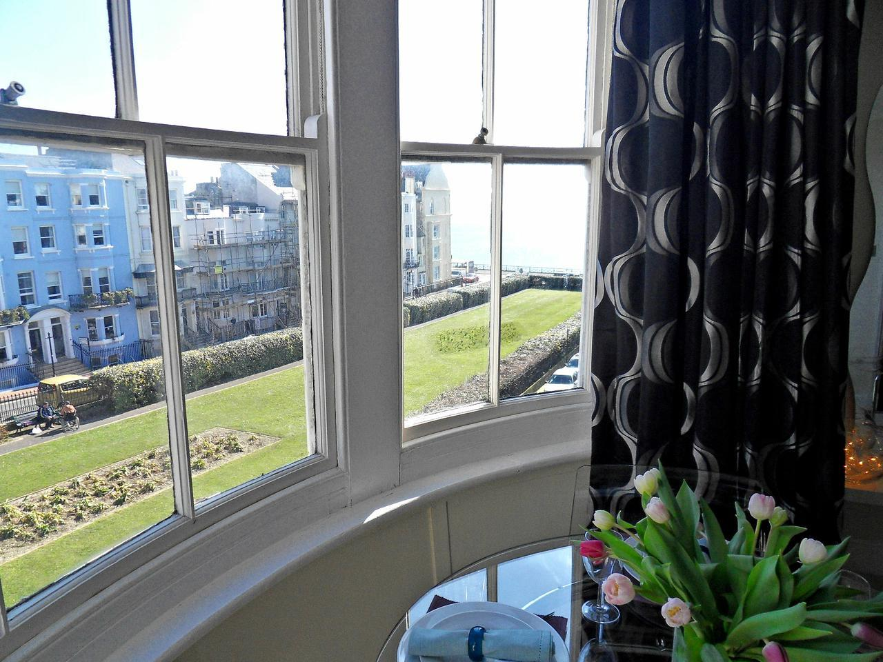 Kemptown Apartment, Brighton & Hove Images - 2