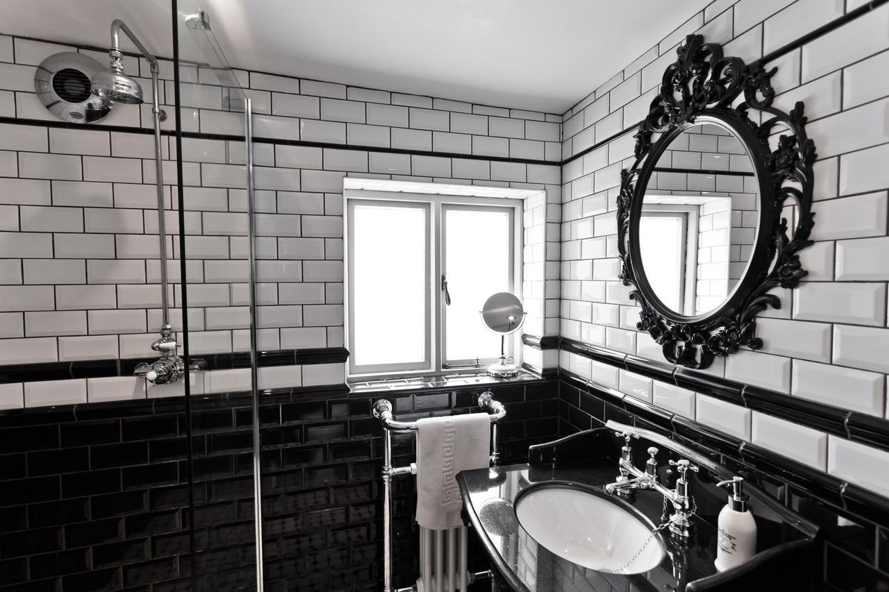 Looking Glass Cottage, Brighton & Hove Images - 7