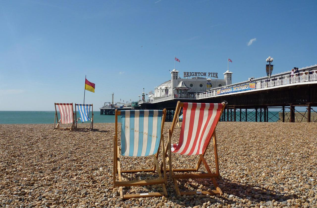 Pebble Beach, Brighton & Hove Images - 4
