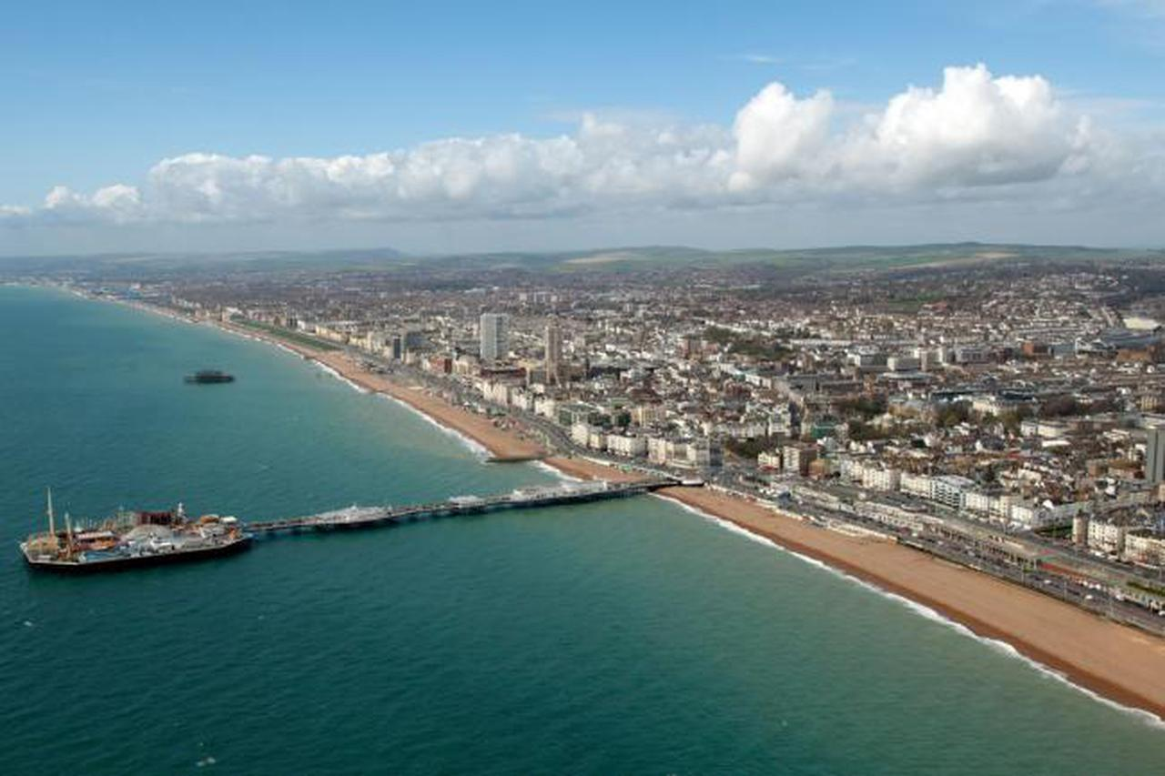 Sea Views Apartment, Brighton & Hove Images - 2