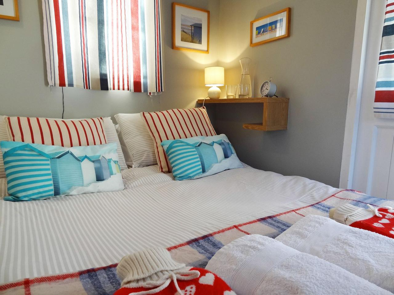 The Beach Hut Apartment, Brighton & Hove Images - 19